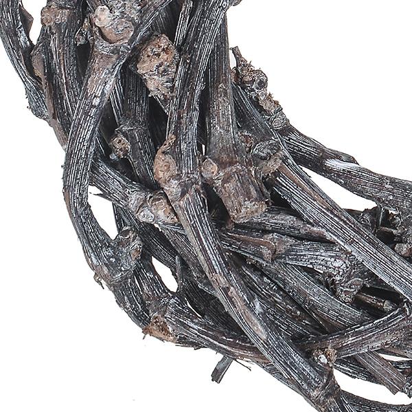 Close Up Chunky Twig Wreath